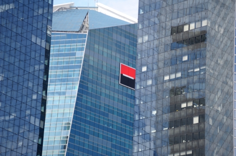 Groupe Societe Generale logo on headquarters building - Lyxor - ETF Asset