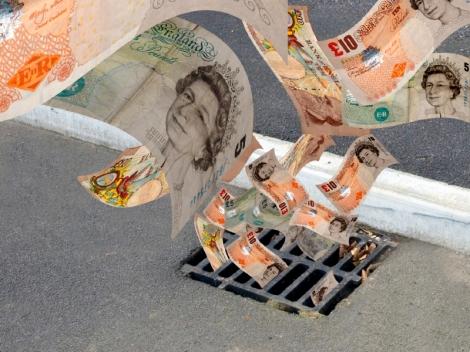 UK fund Management down 20%